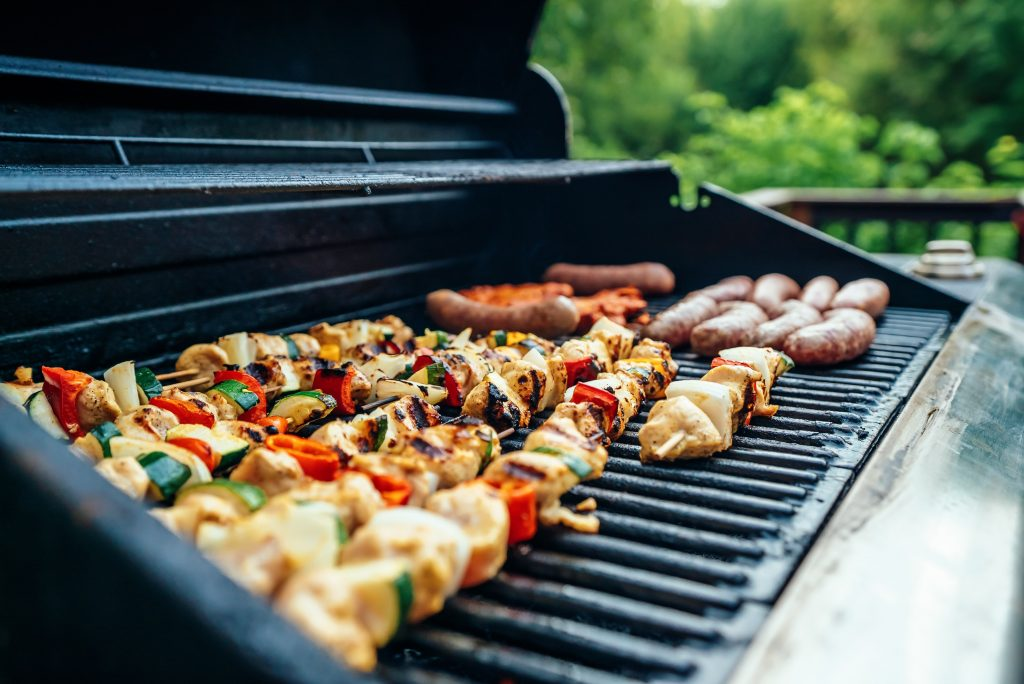 How to Create the Perfect BBQ Garden Setting?